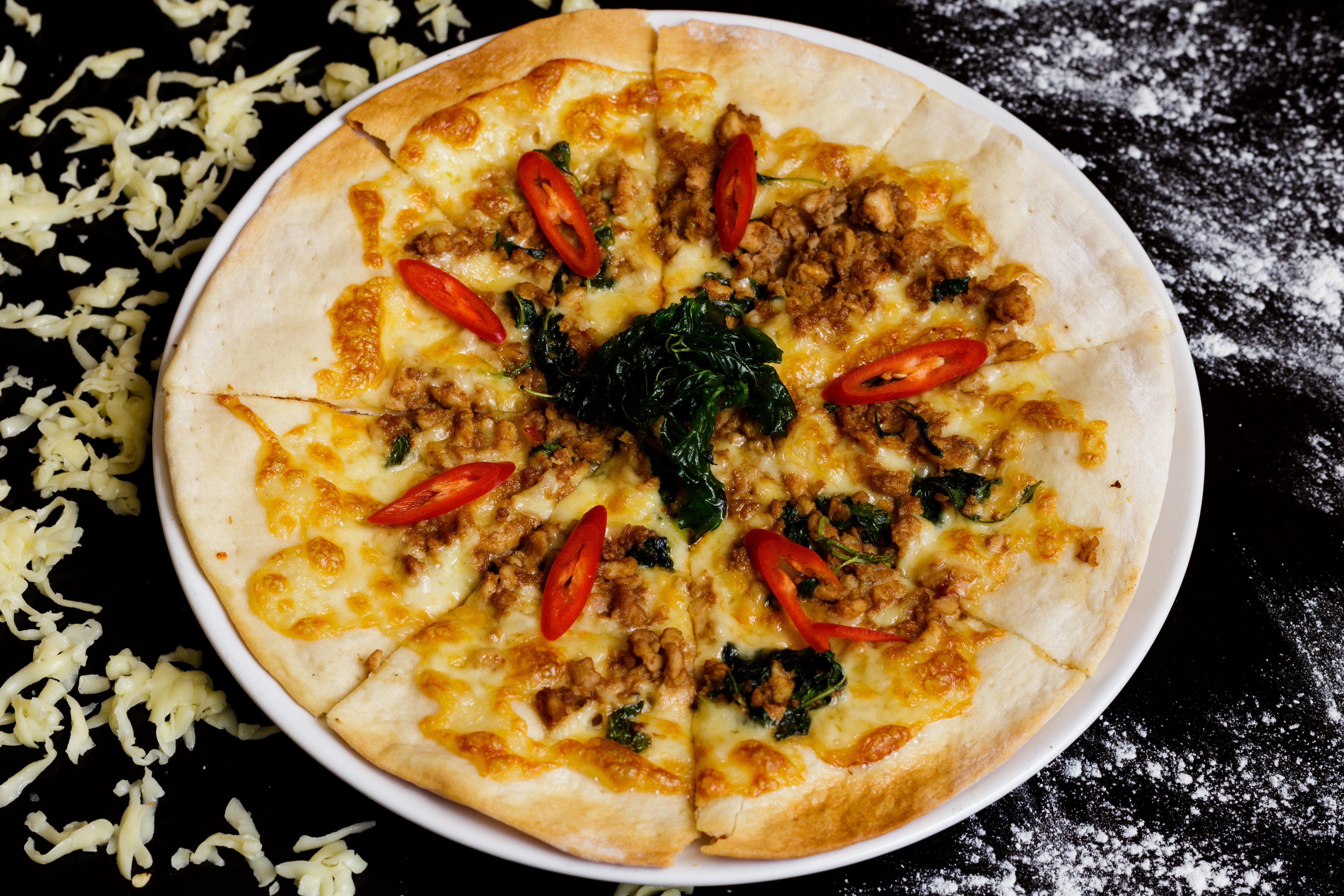 51-pizza-panaeng-gai-1